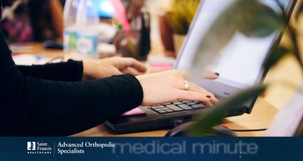 Medical Minute - Carpal Tunnel Treatment with Dr. Rickey Lents